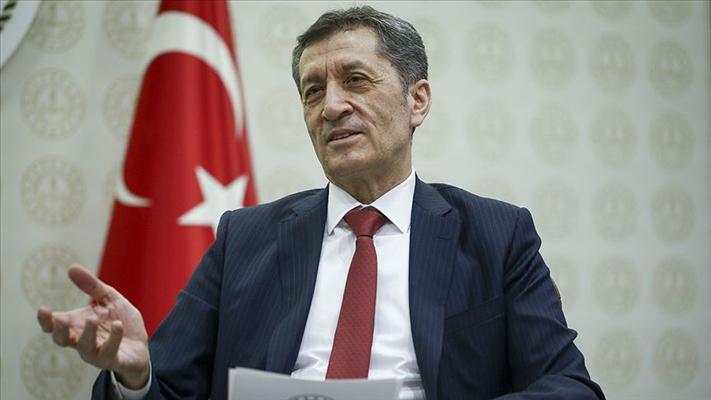Ziya Selçuk, İzmir'de eğitime 1 hafta ara verildiğini açıkladı