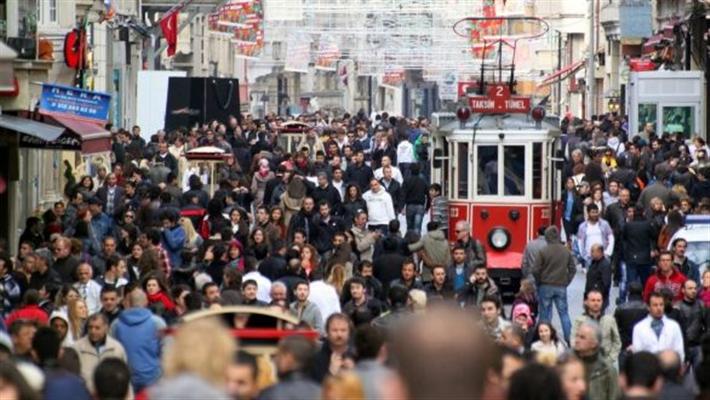 Bursa'da kent genelinde sigara içerek yürümek yasaklandı