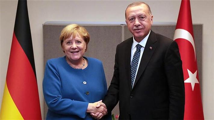 Merkel'den AB ve Türkiye'yi ilgilendiren açıklama